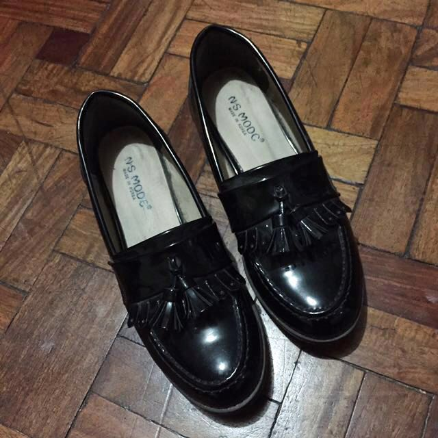SALE Patented Loafers
