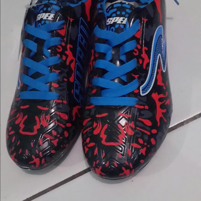 Sepatu Bola Speed