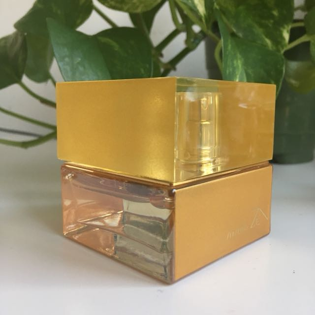Shiseido Zen Eau de Perfum