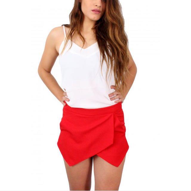 skort / skirt red and white