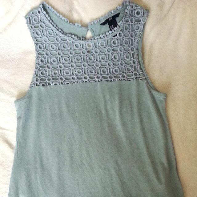 Sleeveless Vest Top With Lace from H&M