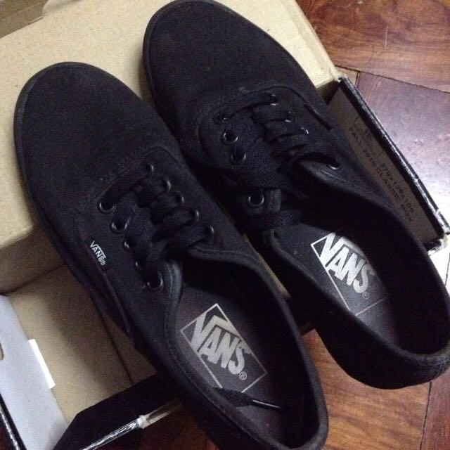 vans authentic lo pro all black