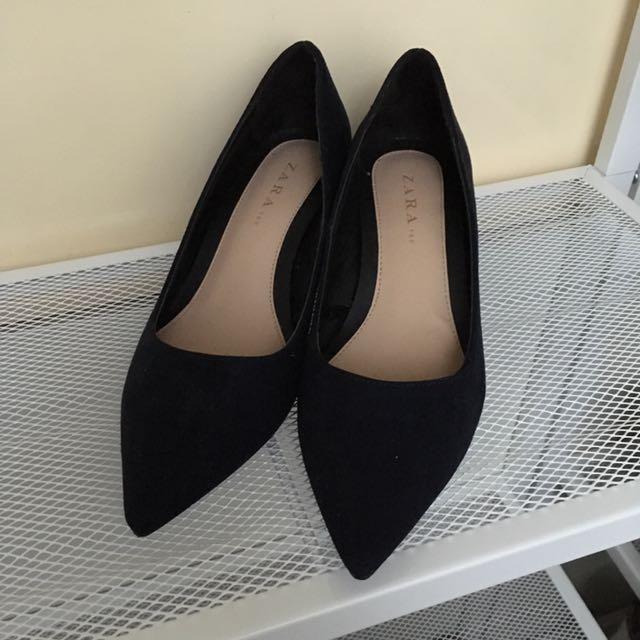 Zara尖頭粗跟鞋