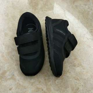 Adidas kids black