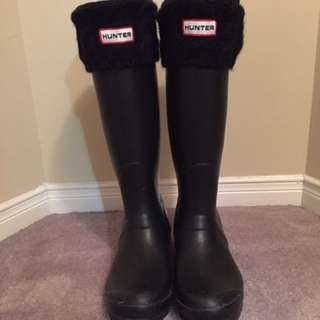 Hunter rainboots - matte black with knit sock