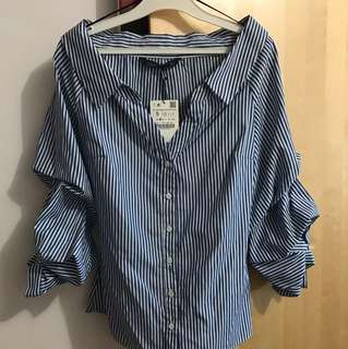 Zara Woman off-shoulder, cinched arms shirt BNWT