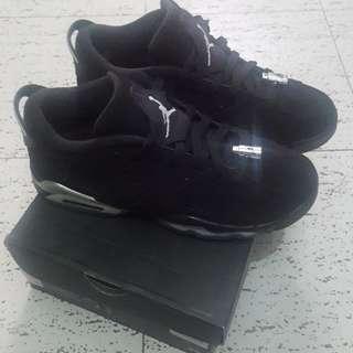 Jordans 7Y
