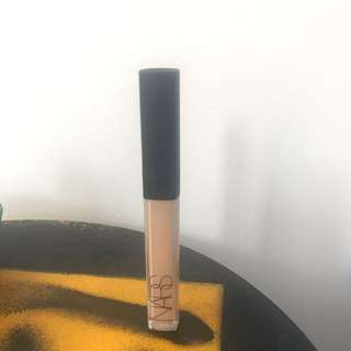 Nars Creamy Concealer in Medium 1 Custard