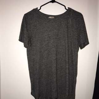 F21 round bottom slit tee