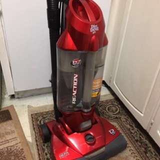 Dual cyclonic action, filterless dirt cup & rotating power brush. Great condition.
