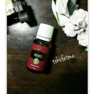 Young Living Essential Oil, Thieves