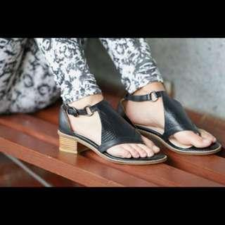 New Zola Hotif shoes