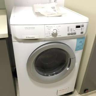 Electrolux washing machine and dryer 2-in-1