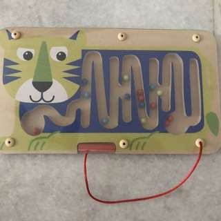 """Toys""""R""""Us Magnetic Tracing Play(wooden)"""