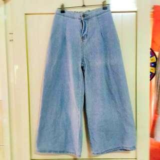 🚚 牛仔淺藍寬褲