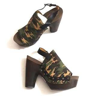 Flogg military print sandals