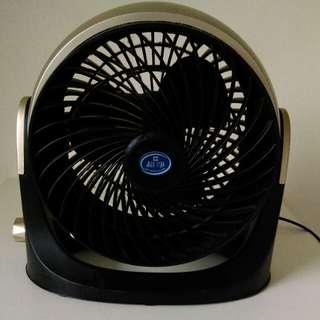 時尚旋風型電風扇