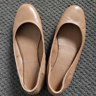 Country Road Nude Ballet Flats