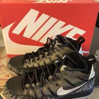 Nike footwear (US : 6)