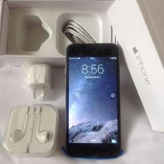 Iphone 6 In Gray Color Complete With Box & Accessories - Replica