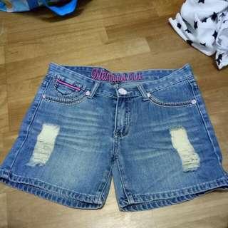 純出清💗牛仔短褲