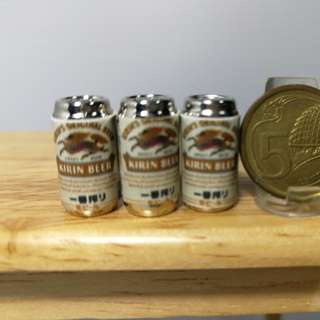 19102017 : Dollhouse Miniature : 3pcs of beer in can