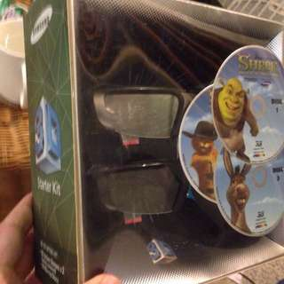 Samsung 3D glasses two pack with Shrek Bluray