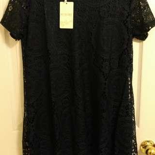 BNWT Ladies Black Lace Top / Dress - Size M / L