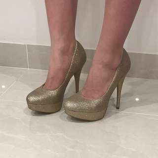 Lipstik Glitter Heels