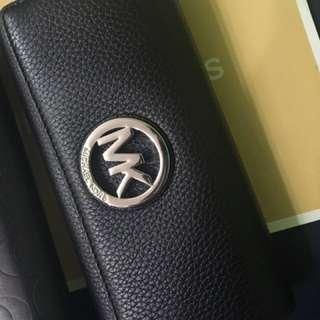 Michael Kors logo長夾