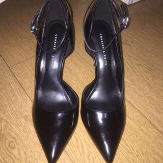 Cuci Gudang!! Sepatu Charles & Keith