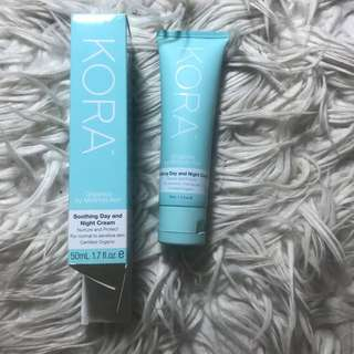 Kora soothing day and night cream
