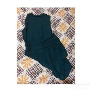 Green side slit dress 💕