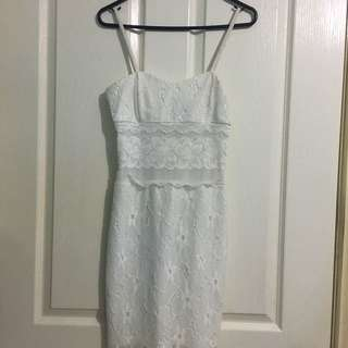 PASSIONFUSION WHITE LACE DRESS SIZE 6