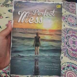 "Novel ""PERFECT MESS"""
