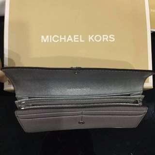 💯% Authentic MK Wallet