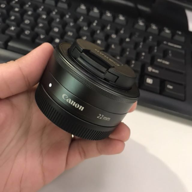 22mm lens for Canon EOS M