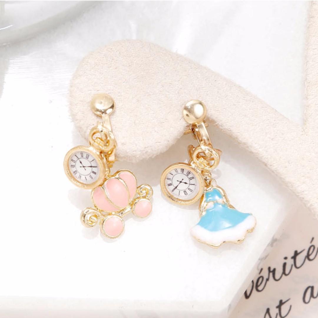 兩件優惠🎉超美 韓風 韓款 童話世界 公主 時鐘 無耳洞 夾式耳環