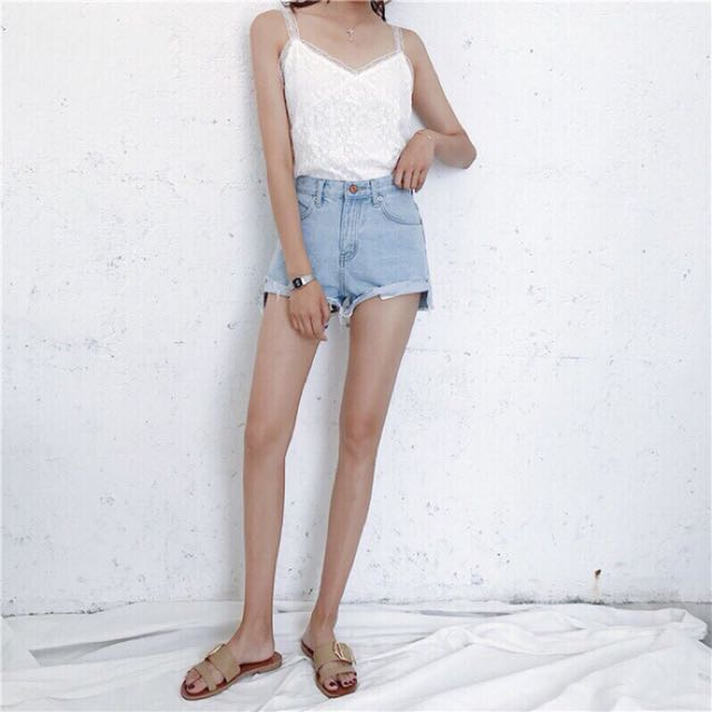 韓版顯瘦短褲 L
