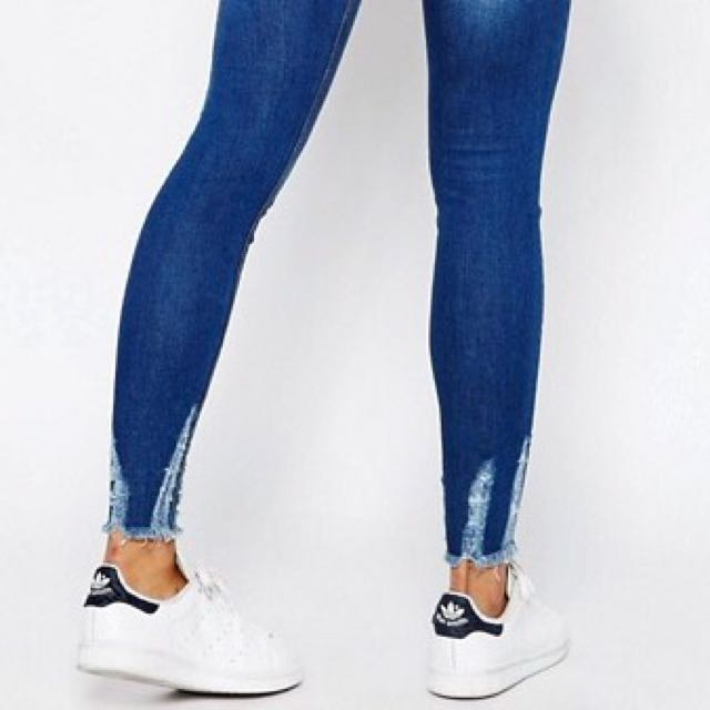 Ankle Frayed Jeans