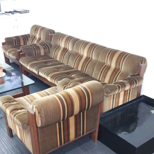 Furniture Sofas On Carou
