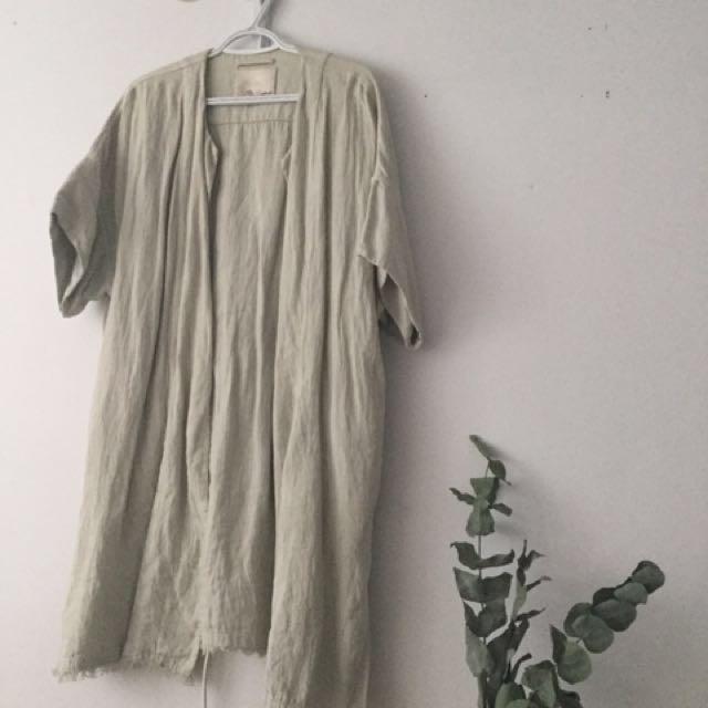 62f7de3698 Aritzia - Wilfred Le Fou linen Kimono