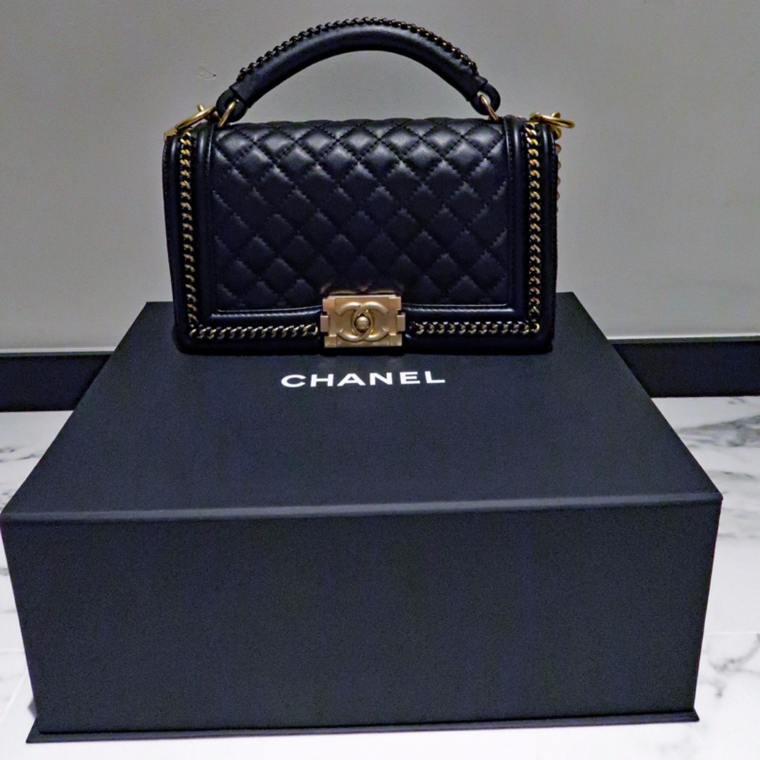 72061b7120f0 BNIB RARE Chanel Boy Handbag with Handle GHW, Luxury, Bags & Wallets on  Carousell