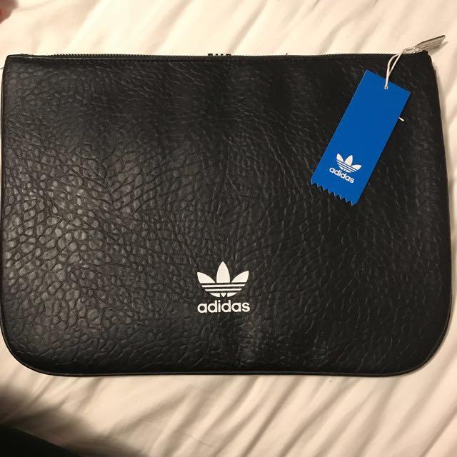 BNWT Adidas XL Sleeve