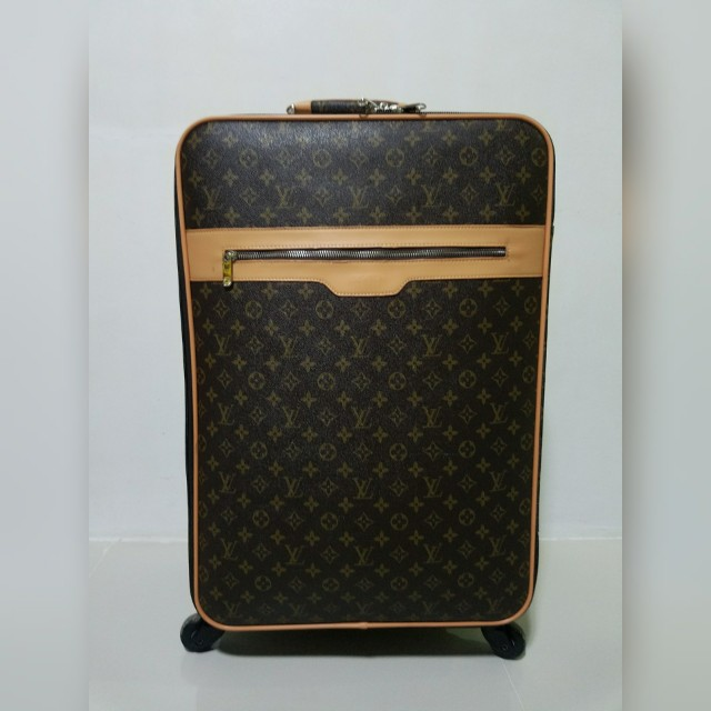 Louis Vuitton Brand new luggage NOT Authentic