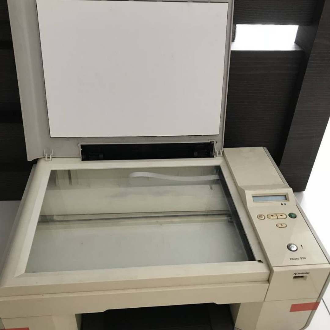 Dell all-in-one printer model 924, Electronics, Computer Parts &  Accessories on Carousell
