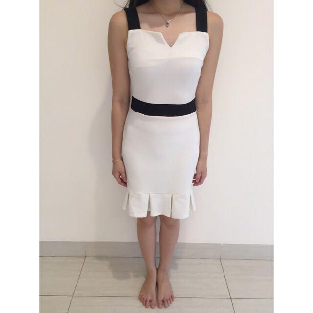 Dress Putih Cantik size XS