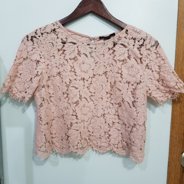 FOREVER 21 Blush Pink Lace Cropped Top