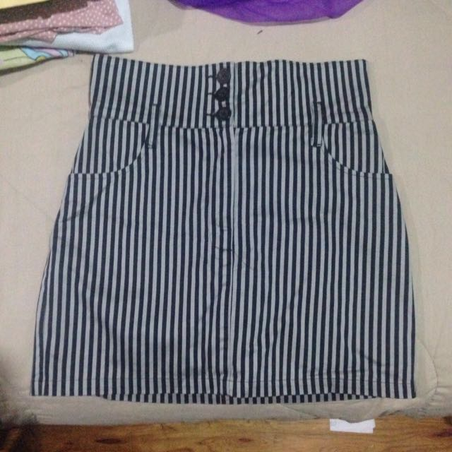 Forever 21 Gray And Black Striped Pencil Skirt