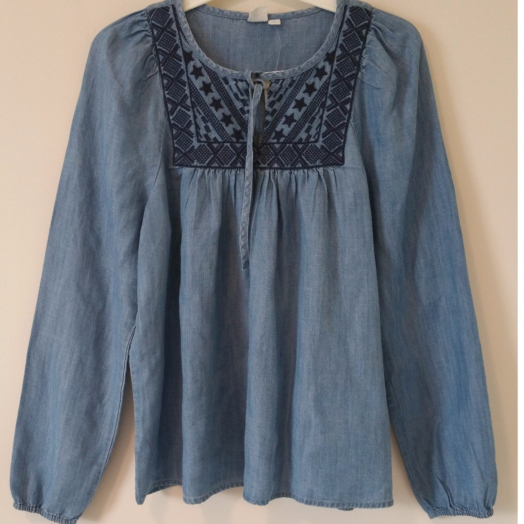 Gap Denim Embroidered Neck Detailing Babydoll Pleated Shoulders Top Small New